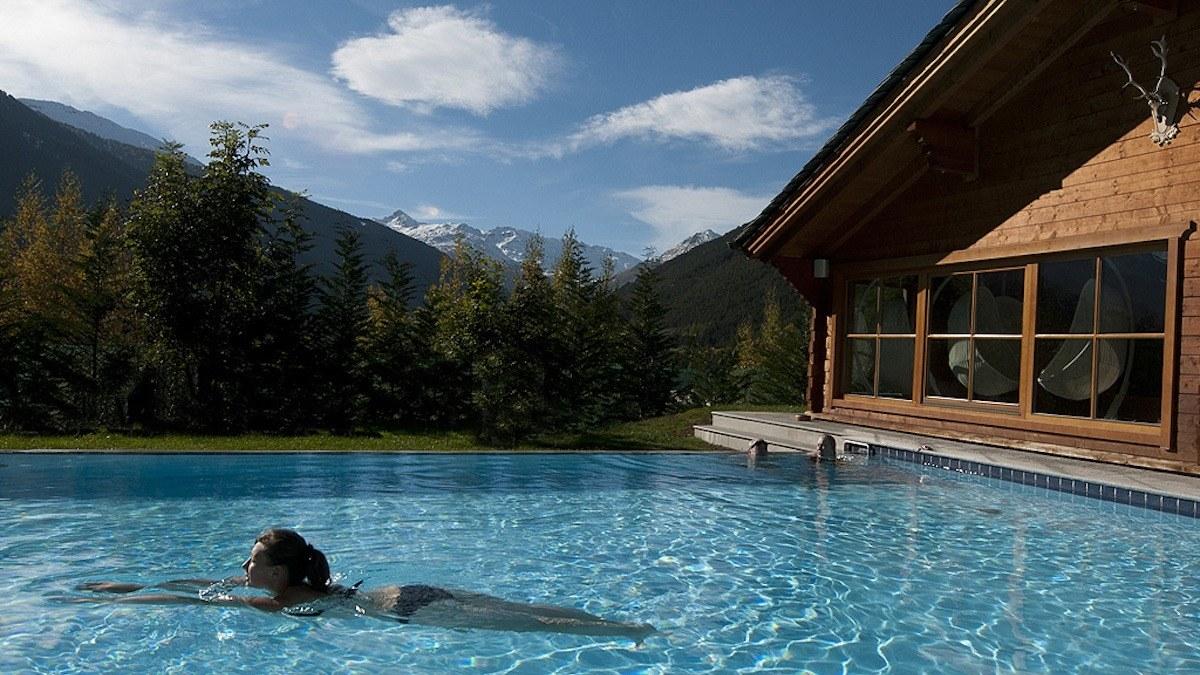 イタリア屈指の温泉地、ボルミオの高級スパリゾートでデトックス。【サマーリゾート2018】