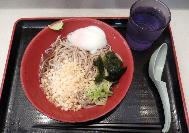 富士そばの「朝そば」がお得!320円で温泉たまご付き、そば・うどん、温・冷、たぬき・きつねが選べる [えん食べ]