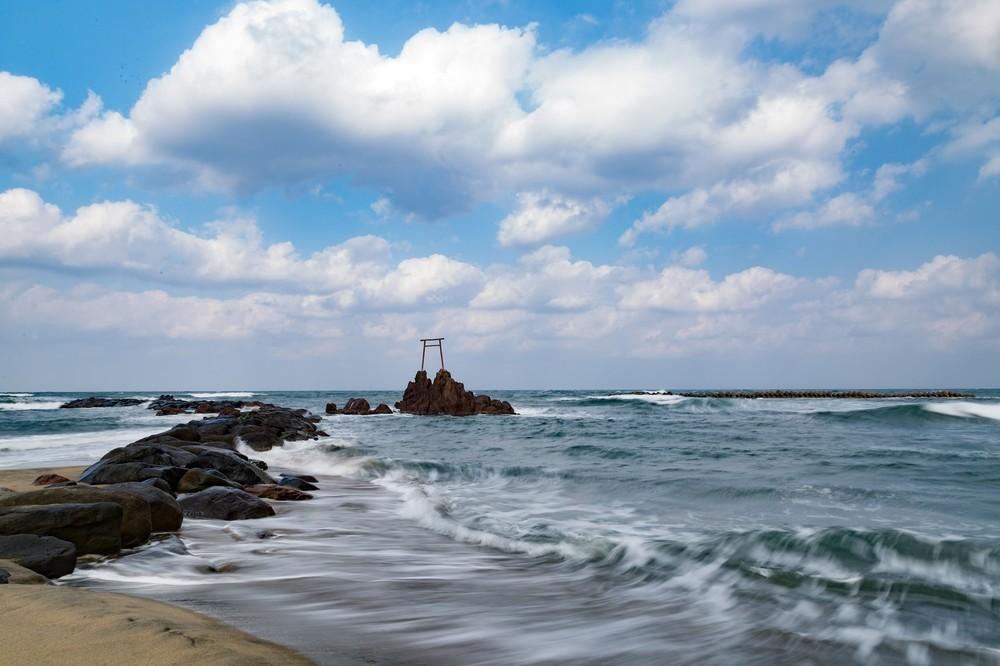 白砂ビーチに温泉付き住宅でゆったり暮らす 「日本のハワイ」鳥取・湯梨浜町へ移住いかが : J-CASTトレンド