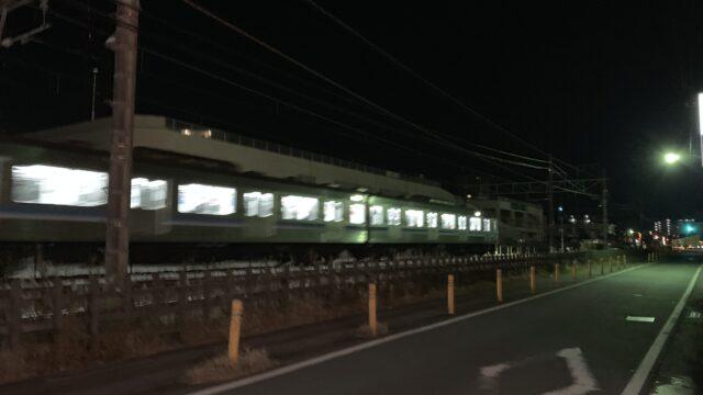 湯快爽快 近くを通る夜汽車