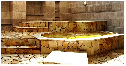露天風呂 by 古代の湯