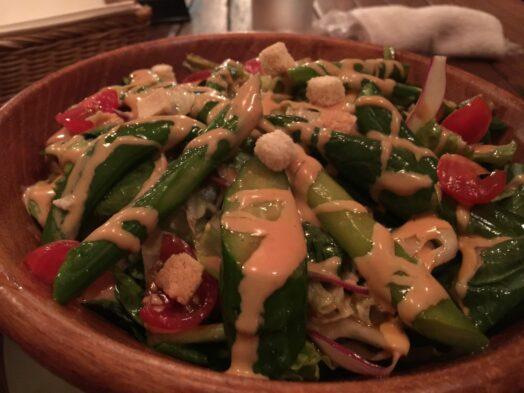 サラダ。野菜モリモリ