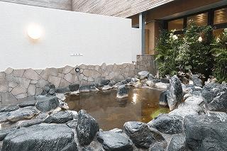 露天風呂(美しの湯HPより) / 高井戸天然温泉 美しの湯