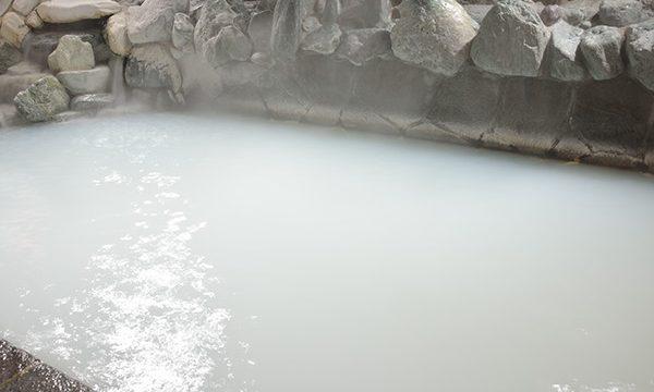 草津の湯の魅力は殺菌力!(公式HPより)