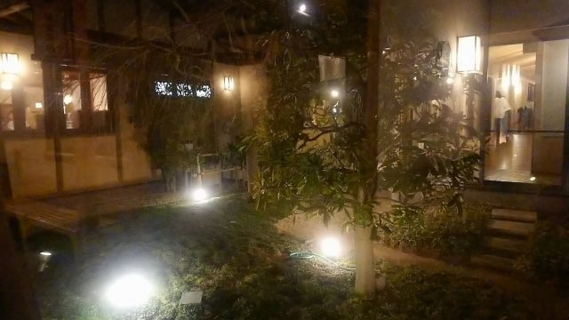 清河寺温泉 廊下からの眺め
