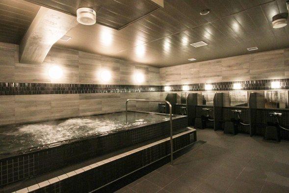 お風呂は1つジャグジー有り:おもてなしのお宿Twitterより