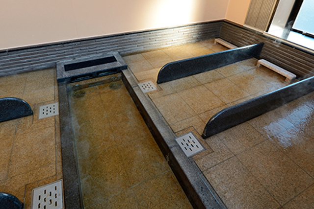 センター南温泉 湯もみの里 寝転び湯温泉
