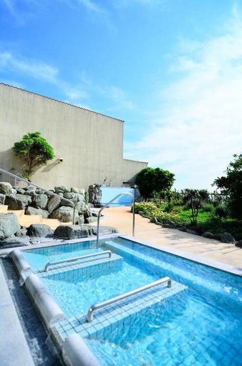 ソレイユの丘 長井海の手公園 海と夕日の湯 ニュース