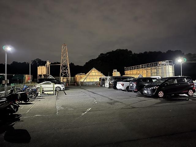 にいざ温泉_駐車場