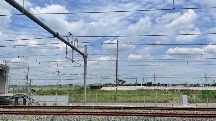 吉川美南駅。東口は元々が農地なので開発が進んでない。